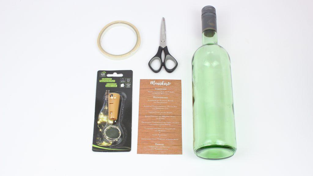 Materialien Tischdeko Menükarten in Flaschen