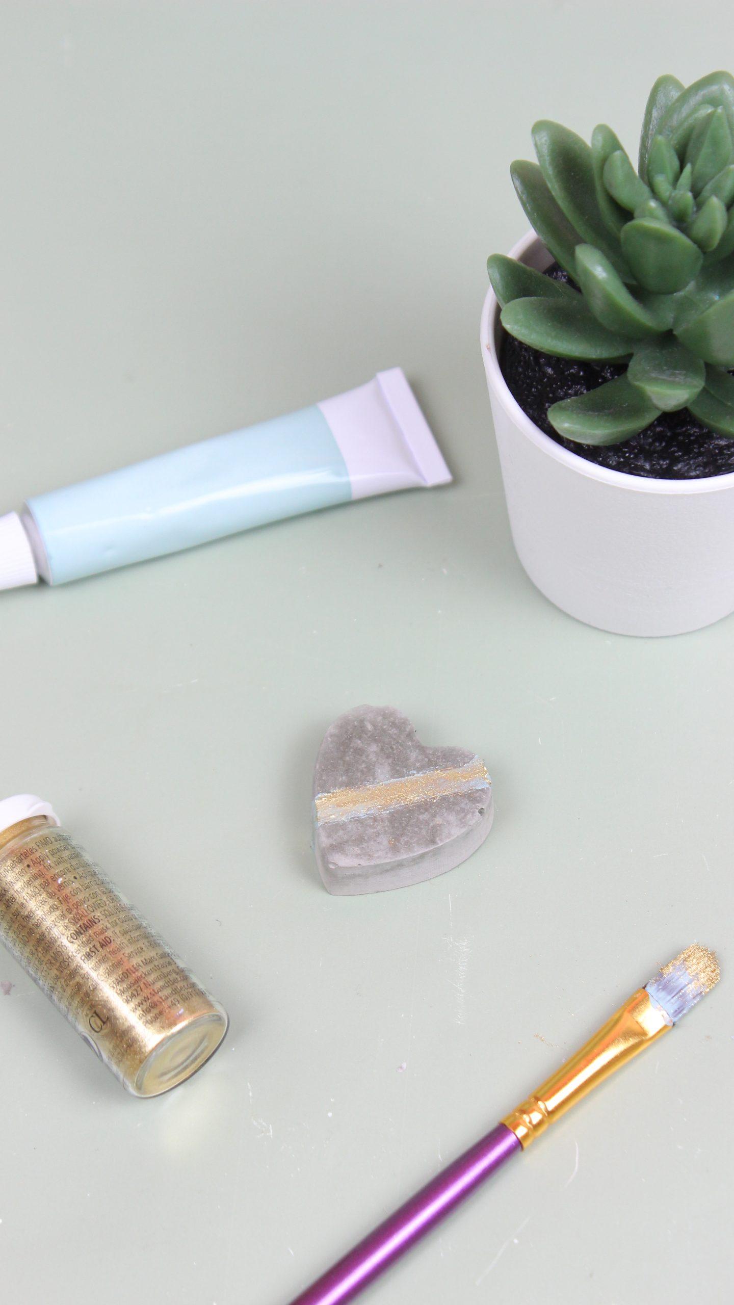 Basteln mit Beton - Magnet basteln
